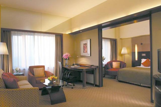 """男子出差住宿 发现有几百条好评的""""酒店""""不是酒店"""