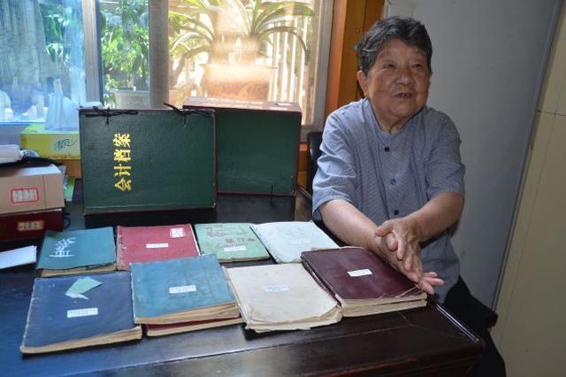 无锡八旬老人记录家庭收支50年,用数字折射改革开放巨变