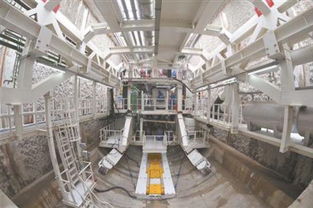 世界首条特高压过江隧道贯通 2019年建成投运