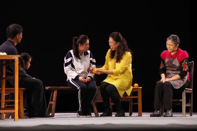 互动体验心理剧《小艺的故事》在锡城暖心上演