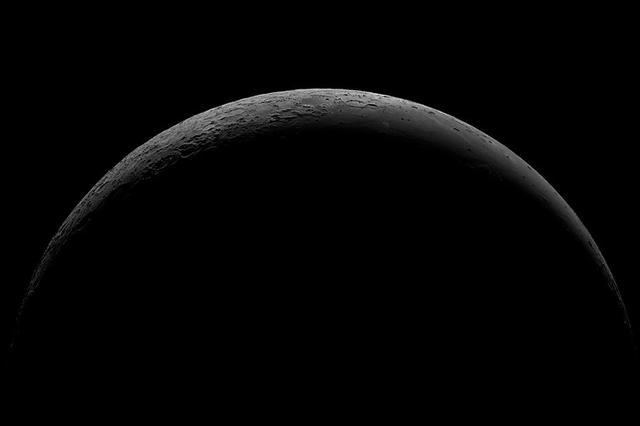 """都是""""奔月球正面"""" 嫦娥四号为何要""""月背探险""""?"""