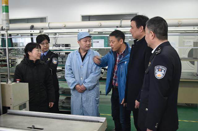 滨湖区督察组督查荣巷街道两会期间安全生产工作