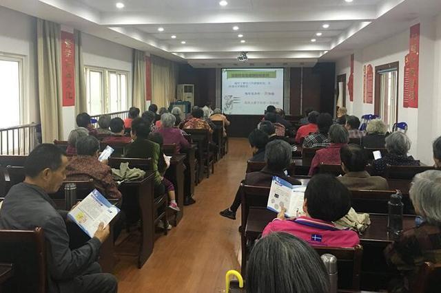梅村街道开展爱国卫生月暨健康教育宣传月活动