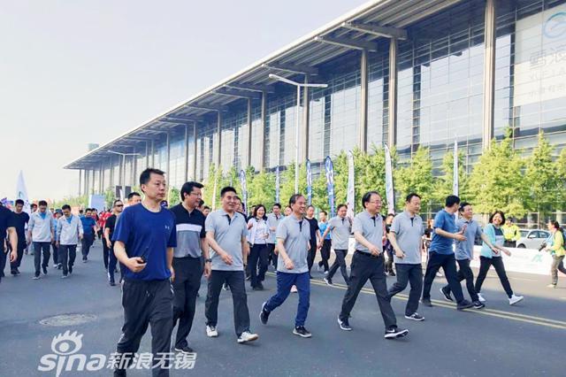 2019网民环太湖徒步大会激情开走 1.5万人用脚步丈量无锡