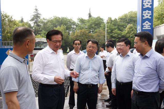 黄钦赴民建会员企业调研工业企业运行