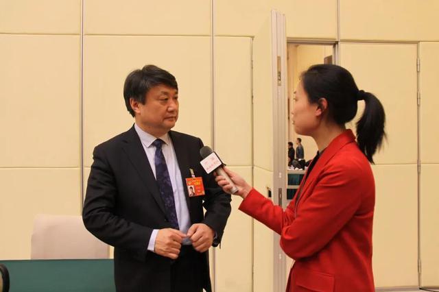 央视新闻联播:唐江澎委员提案受关注