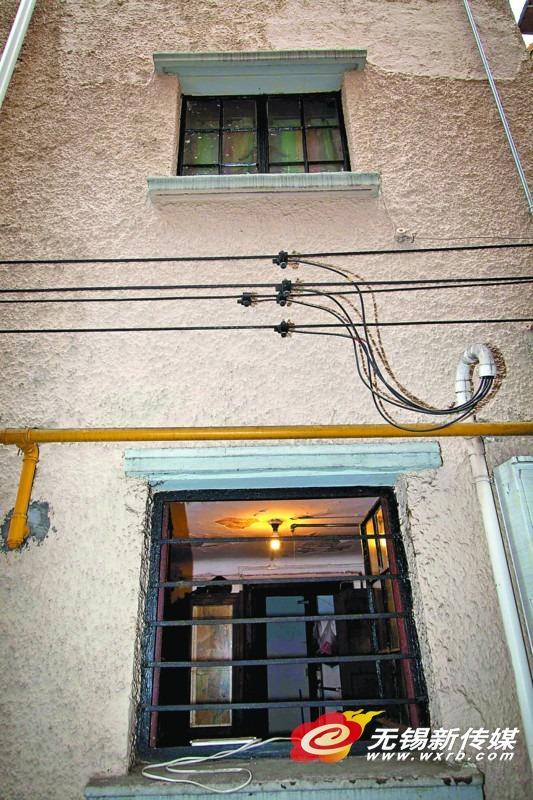 在上海这间楼上的亭子间,钱锺书创作出作品《围城》。(吕枫 摄)