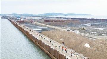 太湖隧道成功架设万伏电缆