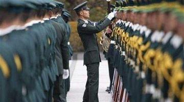 市领导走访慰问驻锡部队官兵