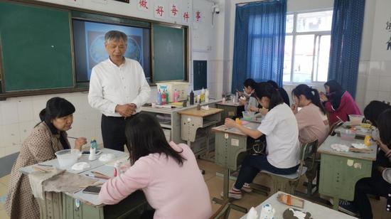 """锡山中专荣膺""""江苏省优质特色职业学校"""""""