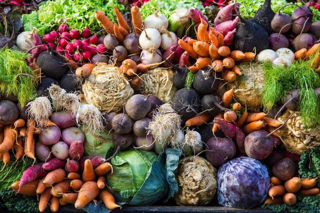 蔬菜批发均价下跌?比年初一掉了近一半