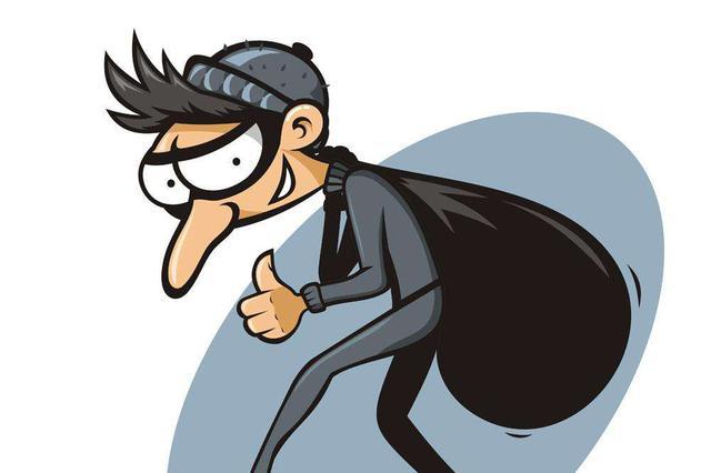 店内行窃被监控拍下 失主路遇小偷当场扭获
