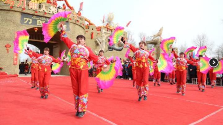 """2019年新疆春节期间旅游实现""""开门红"""" 游客人数同比增长71."""