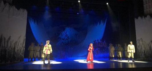 音乐剧《冰山上的来客》北疆巡回