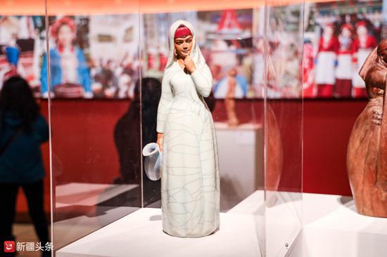 雕塑作品:《塔吉克姑娘》