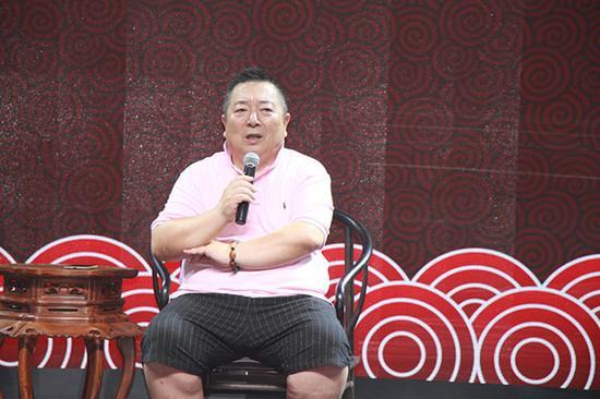 中国当代著名艺术家、中央电视台书画院副院长、收徒人董浩老师讲话
