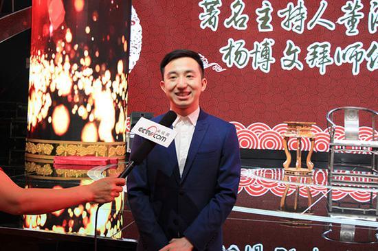 中国优秀青年主持人和少儿语言艺术教育专家、弟子杨博文接受媒体专访
