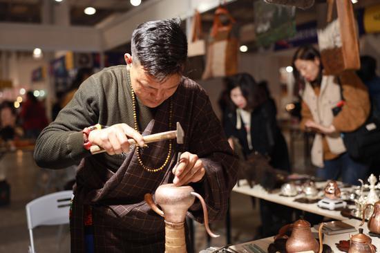 上海国际手造博览会:不仅是都市美学 也是扶贫重要力量