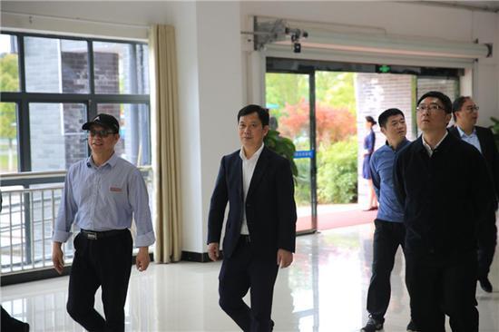 江苏昆山高新区代表团莅临中航未来南昌实训基地参观考察