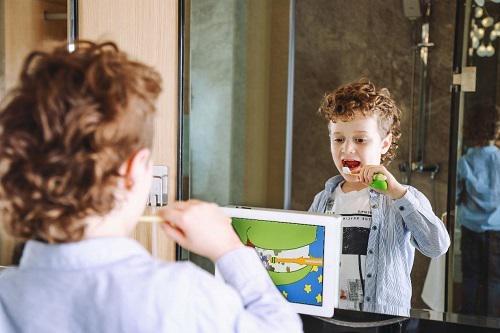 宝宝树牵手Xrush牙刷宝,6月18日全球首发,前100名送牙刷,送完即止!