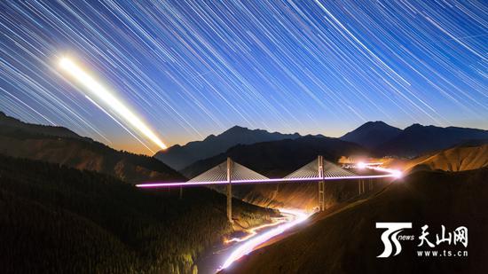 果子沟大桥(图由受访者提供)