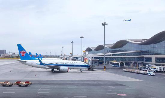 """航班客流双提升南航""""五一""""在乌承运旅客近13.5万人次"""