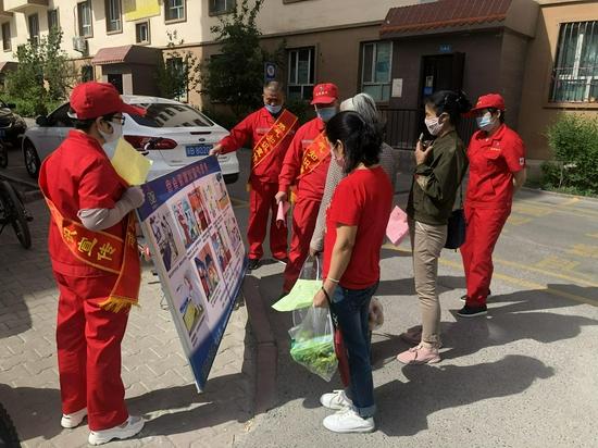 北庭路社区开展燃气安全使用宣传活动
