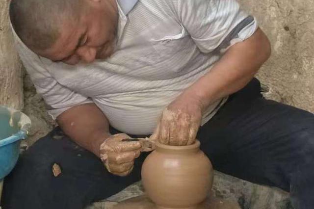 七代人的坚守 让土陶艺术开出绚烂的文化之花