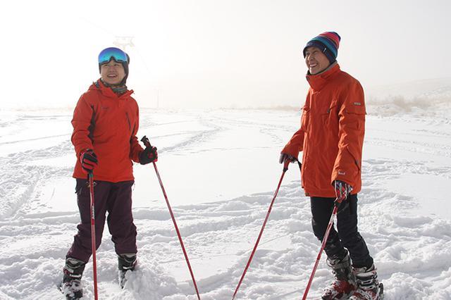 【达人西游】来新疆就是为滑雪 这趟不过瘾还得来