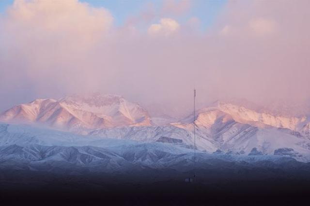 阿合奇县:一时雪消万山绿,一时青山白了头