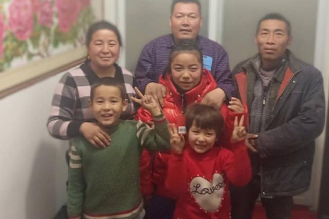 四川汉子来疆务工遇困难 图尔迪夫妇雪中送炭帮三年