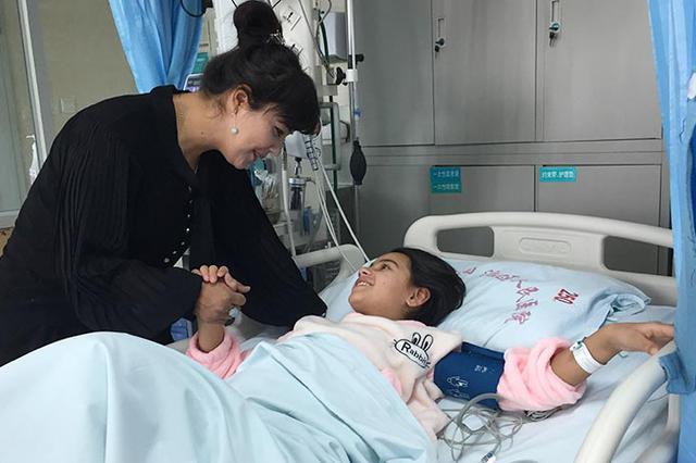 首批20名来自和田地区的先心病患儿获救助
