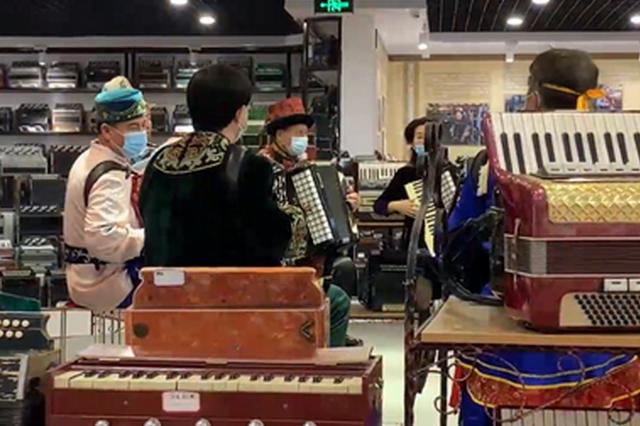 打起手鼓唱起歌——新疆各民族优秀文化在传承融合中发扬光大
