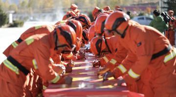 西藏森林消防总队举行防火宣传活动