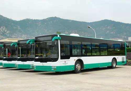 昆明公交将开行2条大站快线 10条线路定时发车