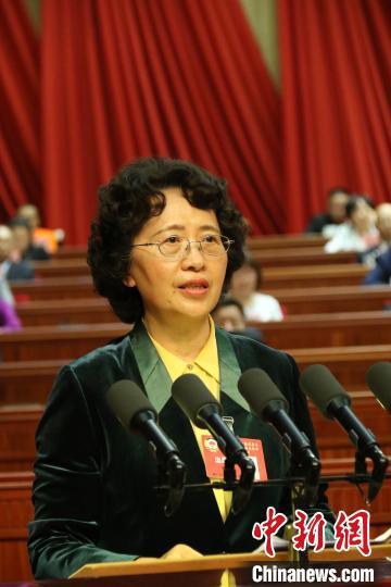 图为云南省政协主席李江讲话。云南省政协提供