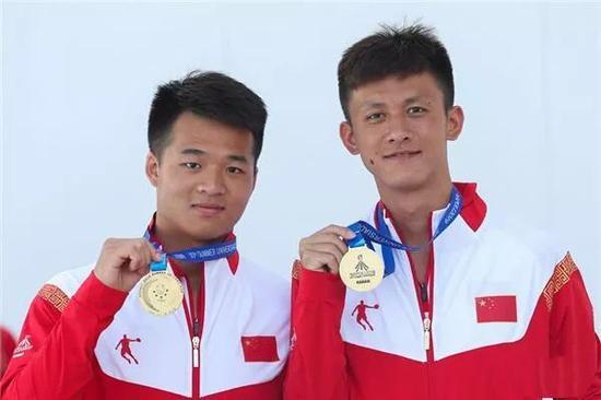 (左:胡子杰 右:李平安)