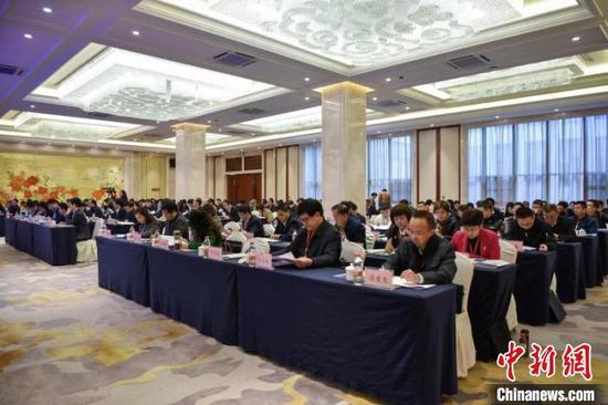 图为全国法院扫黑除恶专项斗争工作推进会24日在云南昆明召开。云南省高级人民法院供图