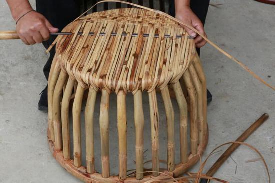 翁达佤族藤篾鼓凳制作技艺