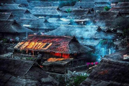 墨临高速试通车!走,自驾去临沧体验最美乡村旅游