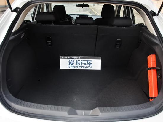 常态下行李厢容积为350L,行李厢空间得到了进一步的提升。