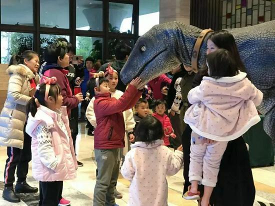 首届恐龙谷温泉文化节启动恐龙谷畅玩新奇遇模式