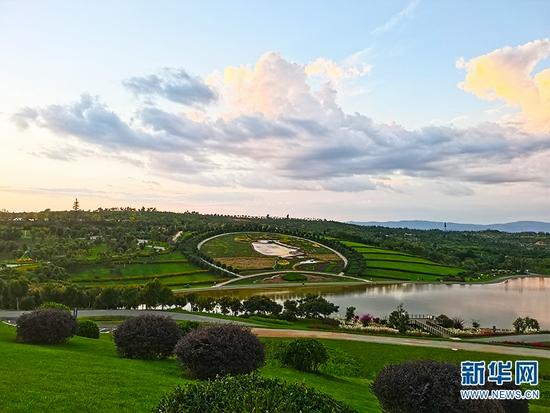 太平湖森林公园大地艺术景观(9月10日摄)。新华网 冯雨钐 摄