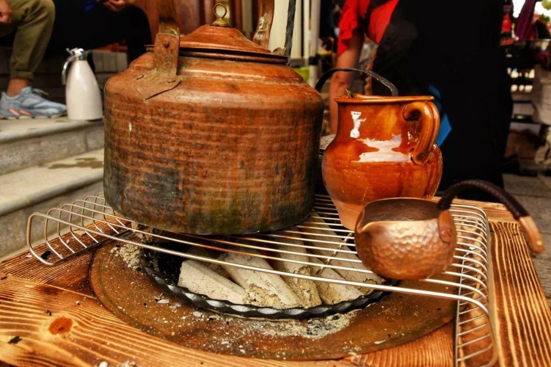 瓦罐烤茶:滇中老味道