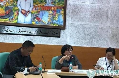 孟加拉国研究所副所长郭穗彦副研究员在会议上发言