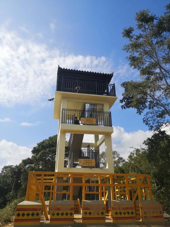 △首座亚洲象监测塔建成