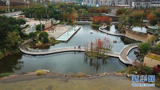 航拍玉顺湖公园(11月3日摄)。新华网发
