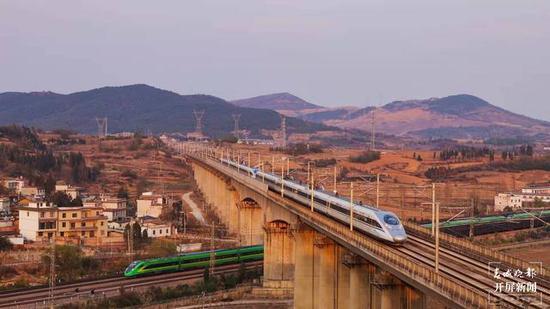 五一假期云南铁路部门增开和重联多趟列车!车票即日起开售