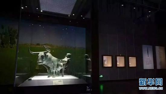 """""""青铜时代的云南""""展厅局部(资料图)。新华网发(云南省博物馆供图)"""
