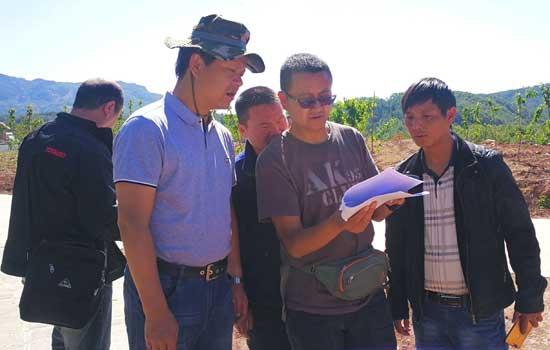"""大理州林业局抽调干部在鹤庆指导""""三个全覆盖""""工作"""